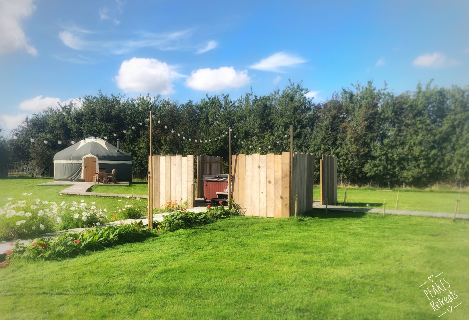 Hot tub and yurt in staffordshire countryside location